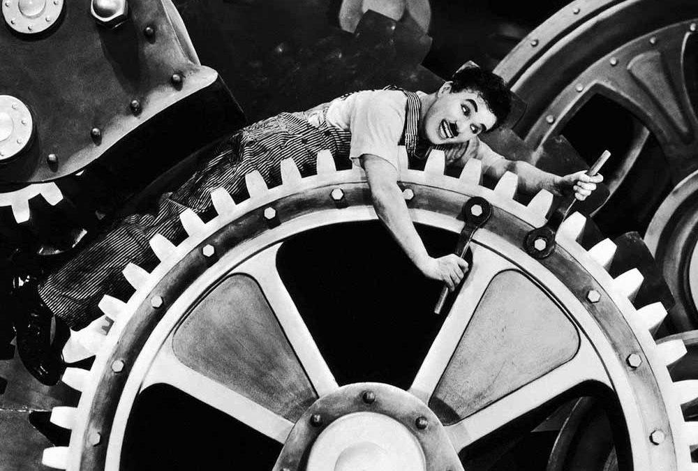 Lavoro e alienazione nei tempi (retro) moderni