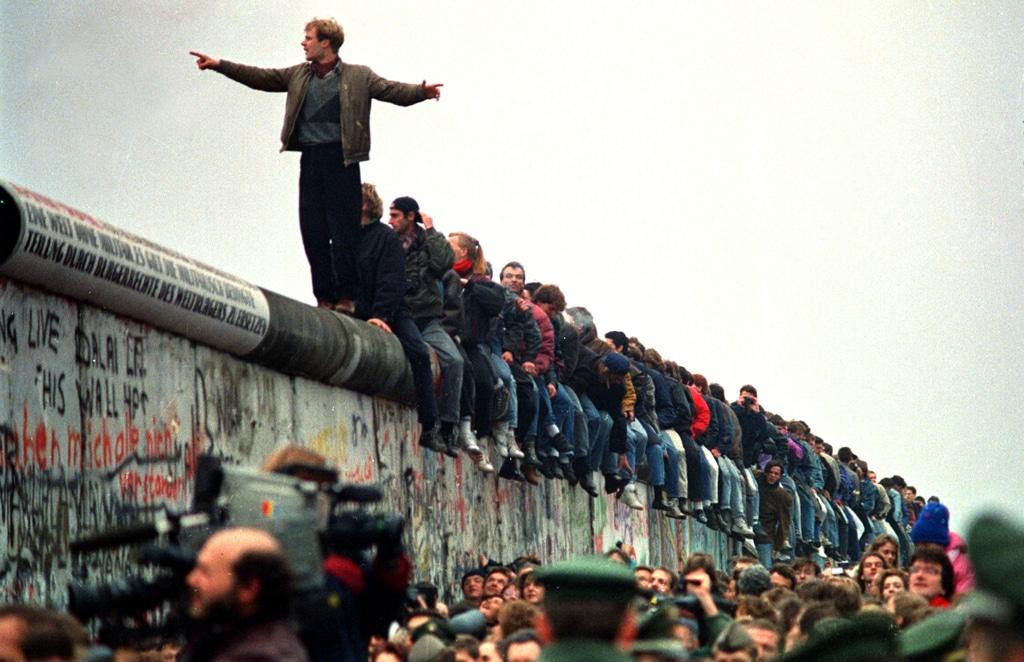 La democrazia in Europa, trent'anni dopo la caduta del muro di Berlino